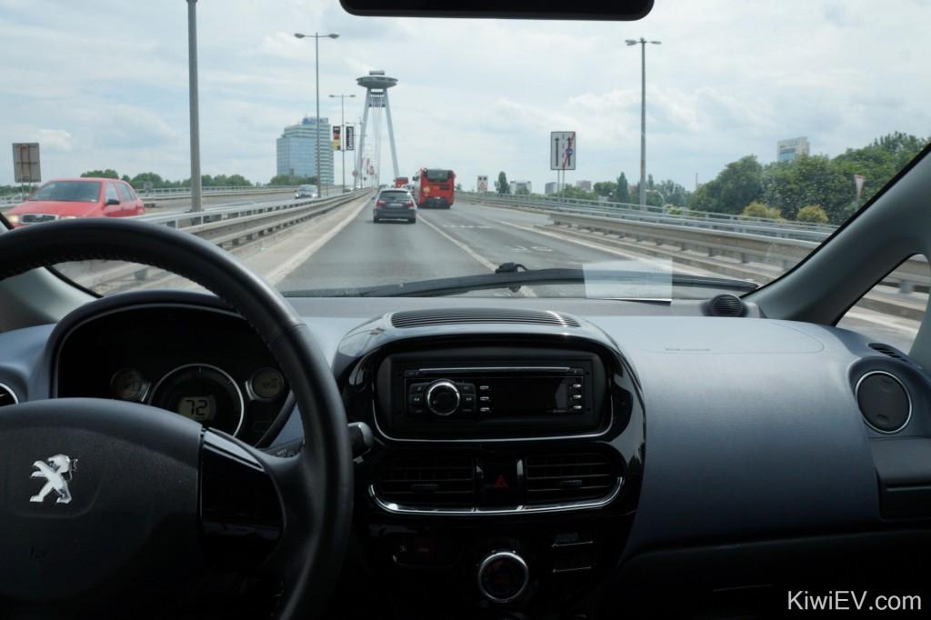 Peugeot iOn electric car 電気自動車 elektromobil Elektro-Auto 电动车 электромобиль Словакия 斯洛伐克 Slowakei スロバキア